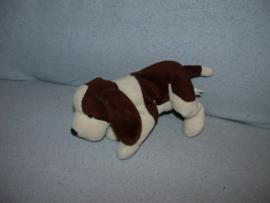H-882  Russ Berrie hondje Biscuit - 24 cm