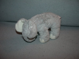 KP-689  Happy Horse olifant Grey Ozzie nr.1  2003 - 17 cm