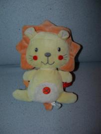 KP-1977  Gloednieuw! Nicotoy leeuw - 18 cm