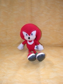 PS-852  Gosh International Knuckles uit Sonic - 26 cm