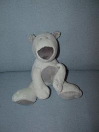 B-906  Hema ijsbeer - 20 cm