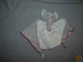 KP-453  4 Friends kroeldoekje olifant