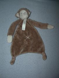AJ-1389  Happy Horse kroeldoekje aap Monkey Mickey tuttle 2014