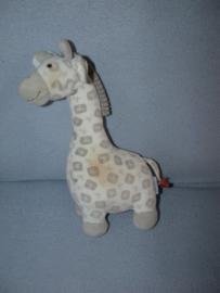 AJ-1210  Babyface/BFC giraffe (vlekken!) - 29 cm