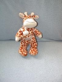 AJ-987  Nicotoy giraffe met kleintje/kindje - kleine maat!