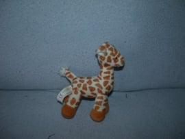 AJ-1370  Hema kleine giraffe