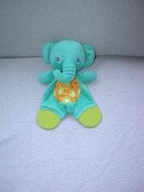 KP-1099  Bright Starts kroeldoekje olifant met bijtstukken