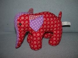 KP-823  Hema olifant