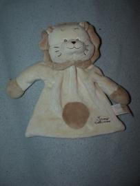 KP-543  Tiamo kroeldoekje leeuw Leonard