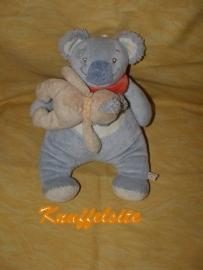 RMK-333  Noukie`s muziekdoos Koala Cutie met baby (defect)
