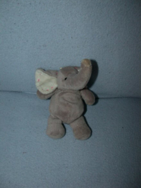 KP-1969  Eddy Toys olifantje - 15 cm