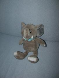 KP-2030  Toodo/Meili Trading AG olifant met halsdoekje - 28 cm