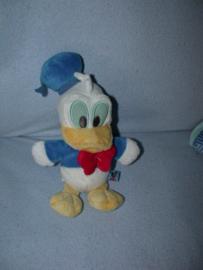 E-352  Disney Baby Donald Duck - 22 cm