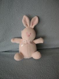 K-1224  Emile et Rose/Mallory Grant Ltd konijntje Rose - 12 cm