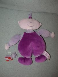 PS-14  Happy Horse poppetje met poesje/beertje  2001 - 24 cm