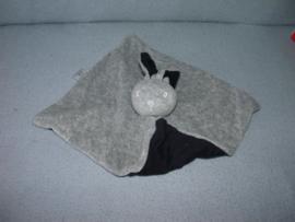 K-1291  Bambino kroeldoekje konijn - tricot oortjes!