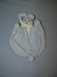 K-1302  Keptin Jr. kroeldoek konijn