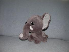 KP-1272  Onbekende olifant