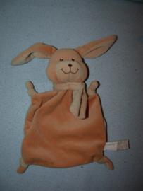 K-126  Ilmo kroeldoekje konijn