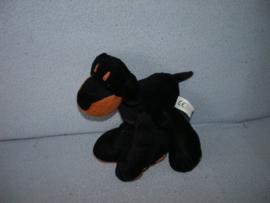 H-575  Evora hond/Doberman - 18 cm