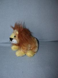 KP-1846  Ganz leeuw Lil' Kinz Lion - 17 cm