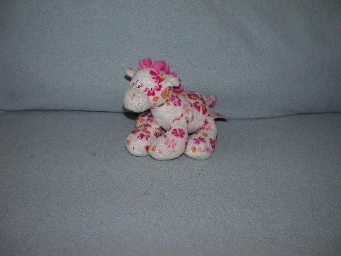 AJ-1102  Anna Club Plush giraffe - 17 cm