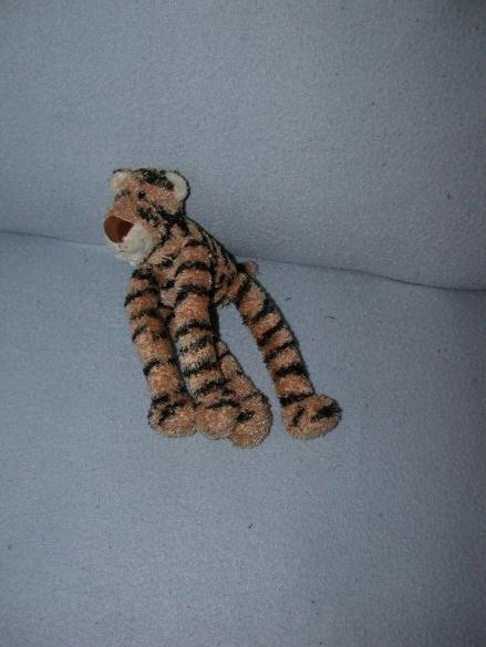 QZ-218  Anna Club Plush tijger - 27 cm