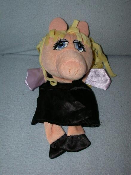 QZ-610 AH/Muppets handpop Miss Piggy