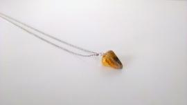pegeltje aan mijn hals - oranje agaat