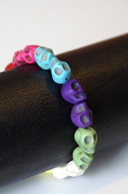 rainbow skulls