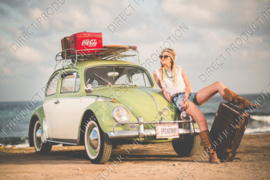 "Diamond painting ""VW beetle with girl"""