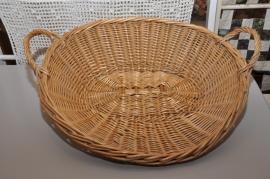 Oude mand met één platte zijde