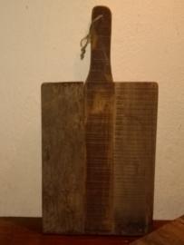 Robuuste serveerplank van oud hout