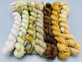 Browns and Greens - Wolbeest Super Sock