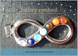 Infinity hanger