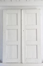 Set oude witte paneeldeuren