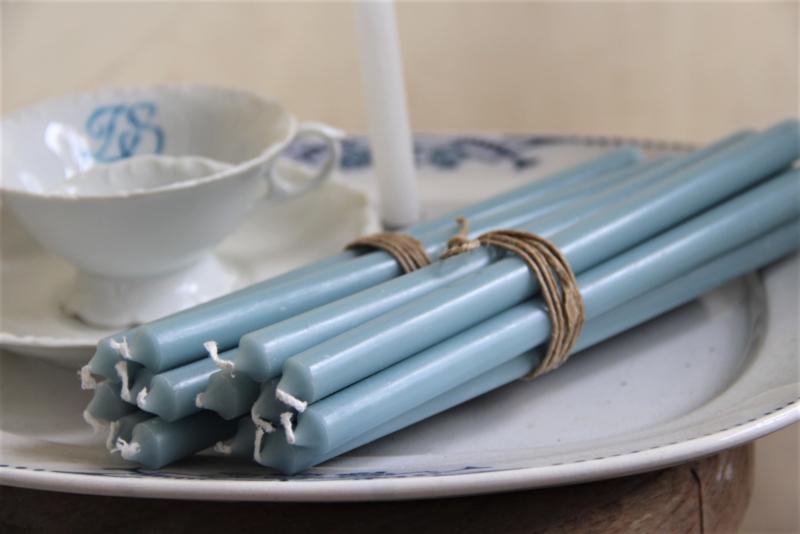 Bundel van 7 lange dunne kaarsen blauw