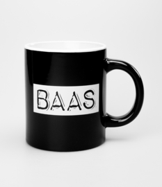 Mok- Baas