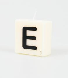 Letterkaars- E