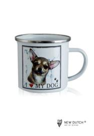 1021 beker met Chihuahua hond