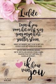 """688 Bloemenkaart met tekst """"Liefde"""""""