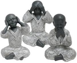 200957 Serie Shaolin monniken  boeddha`s 15cm hoog