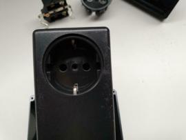 Lege adapter 220v behuizingen (100 stuks beschikbaar)