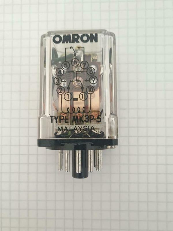 Omron Typ MK3P 24V DC 3x wissel 11pins