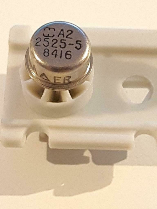 Harris A2-2525-5 Op Amp