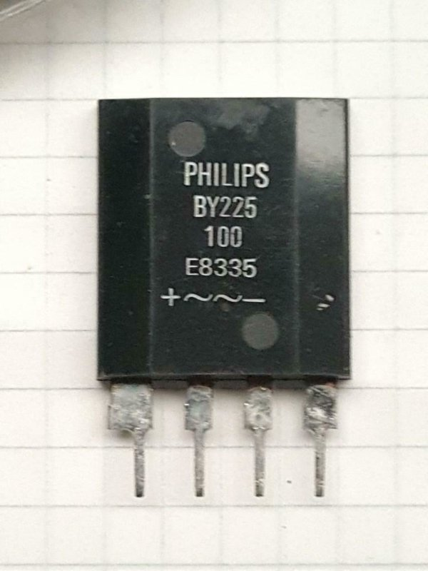 Philips BY225-100