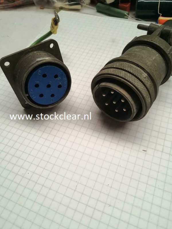 Amphenol Military connector + chassis 7polig