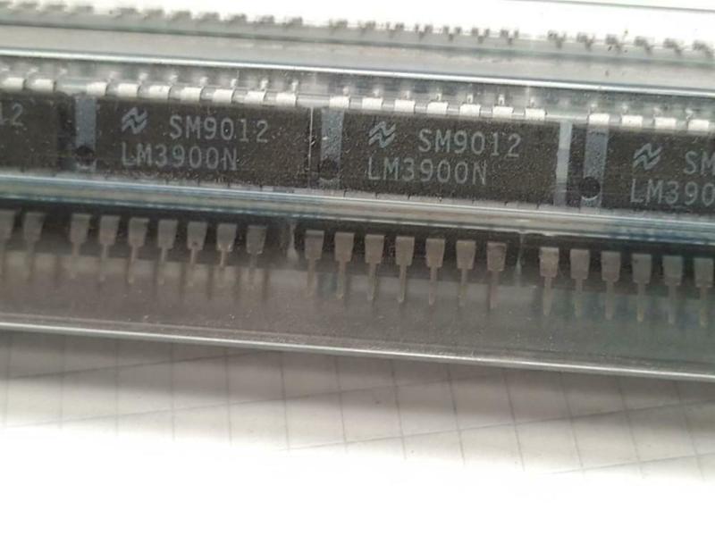 LM3900N Quad Op Amp