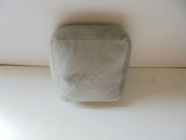 pluche kussentjes grijs 16 x 16 cm prijs per stuk