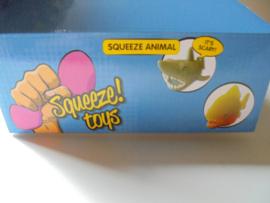 SQUEEZE Animal assortie 8-15 cm prijs per doos a 10 stuks